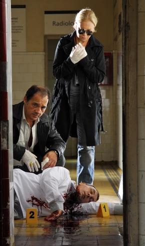 detectives track serial killer in Epitafios 2